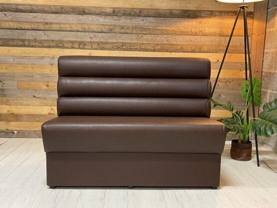 Madrid soffa sits klädd i brunt konstläder och ribbad rygg á 120cm modul